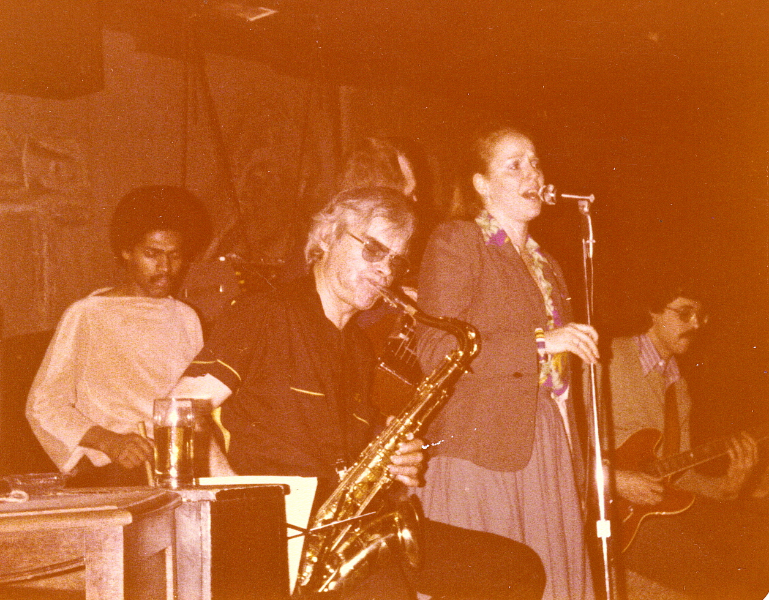Singing with Don 'DT' Thompson & Peter Leitch at George's Spagetti house in Toronto early 80's.